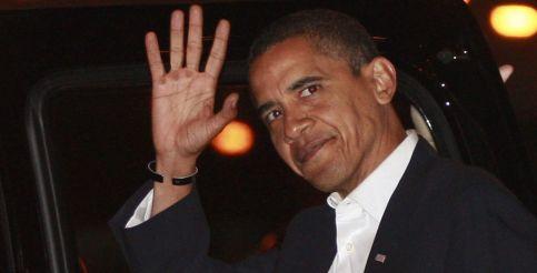 Después de la victoria, Obama sale saludar a la presa y el mundo como nuevo presidente de Estados Unidos